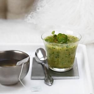 salade de crevettes light une recette crustac cuisine le figaro madame. Black Bedroom Furniture Sets. Home Design Ideas