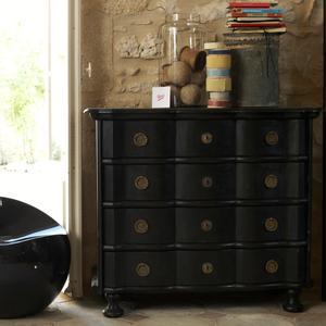d co tr s chic maison de famille madame figaro. Black Bedroom Furniture Sets. Home Design Ideas