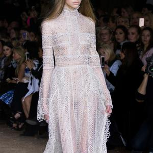 Défilé Elie Saab Printemps-été 2016 Haute couture