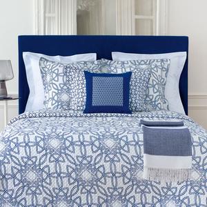 remportez votre linge de maison de luxe avec yves delorme. Black Bedroom Furniture Sets. Home Design Ideas