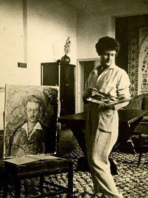 Jean Moulin aura une histoire d'amour avec la peintre Antoinette Sachs, juste avant la guerre.
