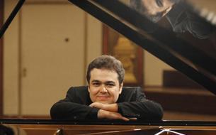 Critique de l'événement «Orchestre de Paris, Arcadi Volodos», par Thierry Hilleriteau (Le Figaroscope)
