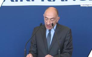 Grève pour les salaires chez Air France: le PDG Jean-Marc Janaillac met sa démission en jeu