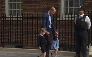 George et Charlotte ont rendus visite à leur petit frère