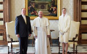 Charlene et Albert de Monaco reçus pour la première fois par le pape François