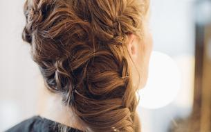 Festival de Cannes : Les secrets coiffure de la tresse de l'actrice Maud Wyler