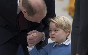 Le prince George refuse de saluer Justin Trudeau