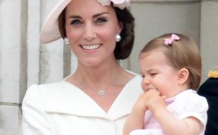 Kate Middleton et le prince William au Canada : George et Charlotte sous les flashs