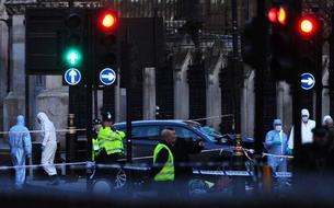 EN DIRECT - Raid de la police à Birmingham après l'attentat de Londres