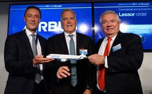 EN DIRECT - Début de match intense entre Airbus et Boeing au Salon du Bourget