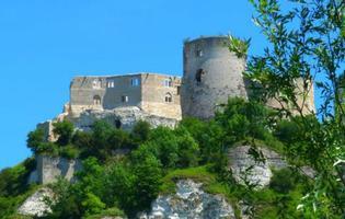 Le Château-Gaillard (27) offre unmagnifique panorama surlesAndelys etlesméandres delaSeine.