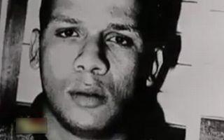 Abdelhakim Dekhar dans les années 1990. Capture d'écran de l'émission <i>Faites entrer l'accusé</i>