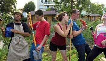 D'une fonction vivrière, le jardinage est aussi devenu une activité de plaisir et de détente. (Crédit photo/Gnis)