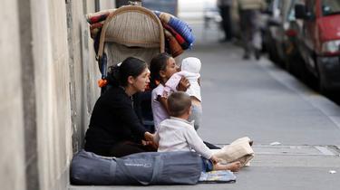 Paris : le ministère de l'Intérieur rectifie la note sur l'«évincement» des Roms