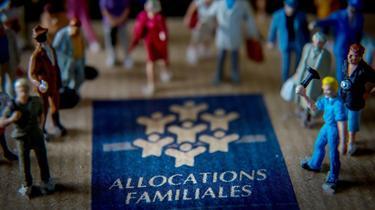 Les Français favorables aux allocations familiales selon les revenus