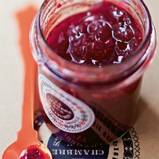 Confiture de fraises aux zestes d'agrumes