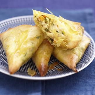 Samosas au crabe, petits légumes