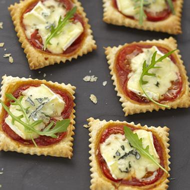 Mini pizzas apéritives au bleu
