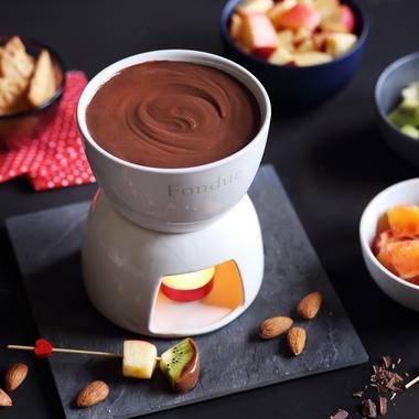 Fondue au chocolat et fruits frais