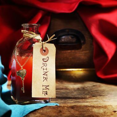 Potion à la grenade d'Alice aux Pays des Merveilles