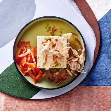 Tofu soyeux, bonite et bouillon fumé