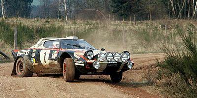 La Stratos devient la reine des rallyes au milieu des années 70.