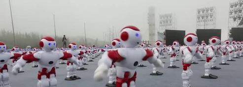 Chine : record du monde pour ces 1007 robots danseurs
