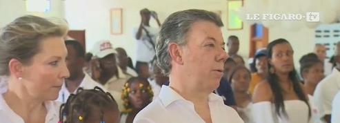 Juan Manuel Santos versera l'argent du prix Nobel de la paix aux victimes du conflit avec les Farc