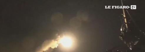 Les États-Unis frappent une base aérienne en Syrie