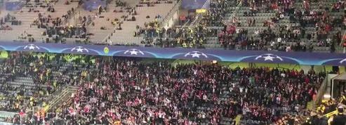 Explosion à Dortmund : dans l'attente du match, les supporters monégasques soutiennent le club