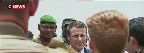 Le président Macron du retour du Mali