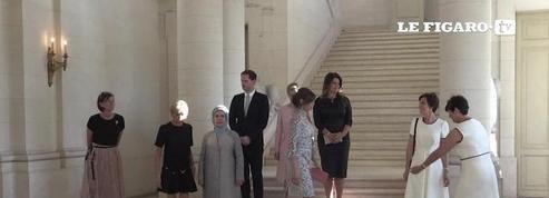 Brigitte Macron et Melania Trump pour leur première photo de famille des premières dames de l'OTAN