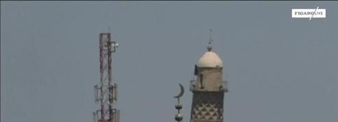 L'État islamique détruit un minaret symbole de Mossoul