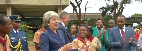 La danse de Theresa May au Kenya