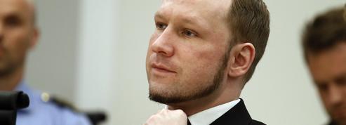 Folle du tueur Anders Breivik, elle lui écrit plus de 150 lettres