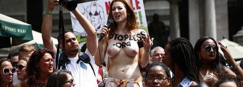 À New York, manifestation topless pour le droit d'aller seins nus