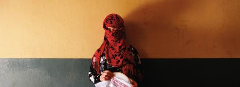 En Afghanistan, les tests de virginité invasifs ont toujours lieu