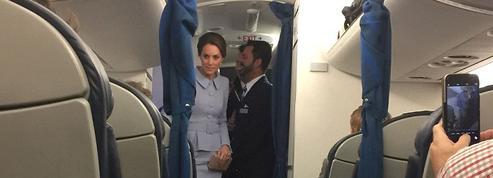 Kate Middleton prend un vol commercial pour rentrer des Pays-Bas