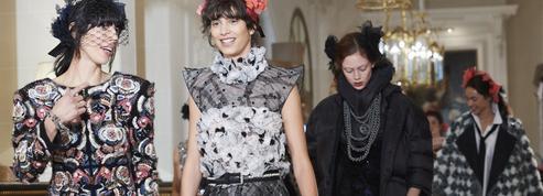 Défilé Chanel Métiers d'Art : les Coco Girls emballent le Ritz