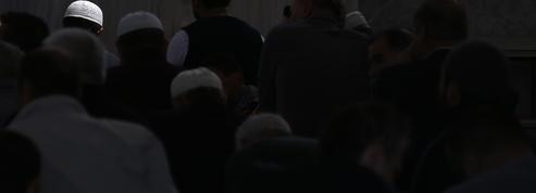 En Australie, des étudiants musulmans peuvent refuser de serrer la main aux femmes