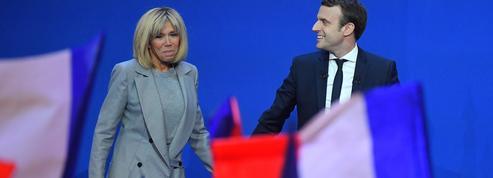 Brigitte Macron sur scène au premier tour : du jamais vu en politique