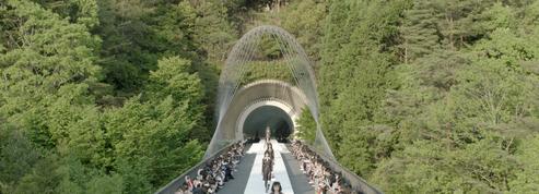 Louis Vuitton dévoile une collection croisère 2018 radicale à Kyoto