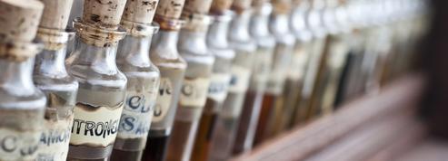 Stress, migraine, fatigue... Les cinq huiles essentielles indispensables à avoir au bureau
