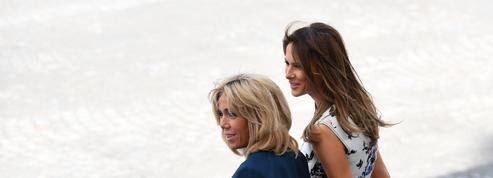 En images, la rencontre chaleureuse de Brigitte Macron et Melania Trump à Paris