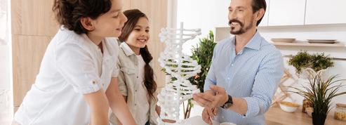 Que transmet-on génétiquement à ses enfants?