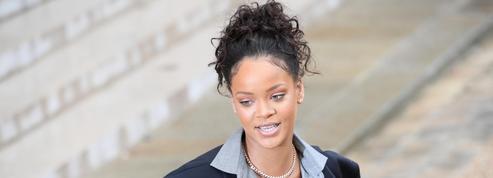 La photo de l'éclat de rire entre Rihanna et Emmanuel Macron inspire le Web