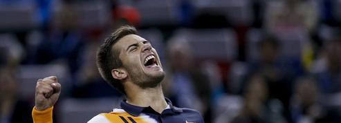 Shanghai : Enorme face à Federer, Coric en finale