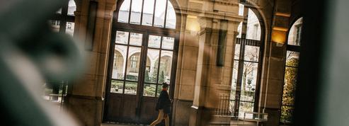Alerte à la bombe dans 6 lycées parisiens