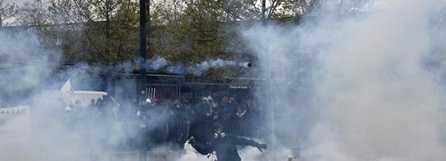 EN DIRECT - Loi travail : le préfet de police de Paris dénonce des «casseurs organisés»