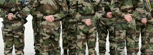 Radicalisation: l'armée surveille de près une cinquantaine de militaires